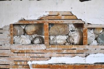 Lath interior plaster wall